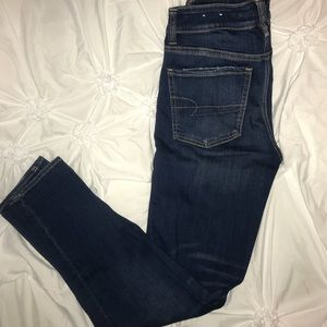 American Eagle High waisted super-stretch jeans